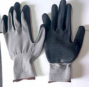 Перчатки нейлоновые с рельефным латексным покрытием, серо-черные. Донецк ДНР